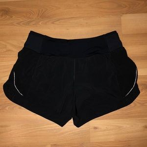 """LULULEMON REAL QUICK SHORT *PERFORATED 3.5"""""""